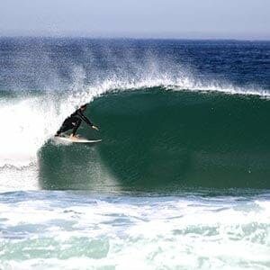 Drop In Surfcamp Portugal - Surftricks - Tube